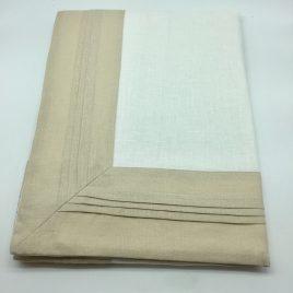 Fink – tafelkleed 110 x110 cm. linnen wit/ creme