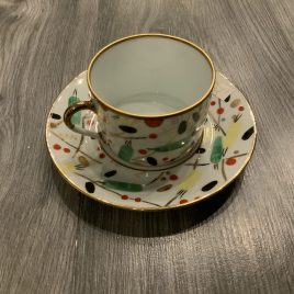 Alberto pinto- renouveau russe- thee kop & schotel