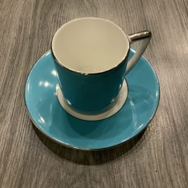 wedgwood- Jasper Conran- colour-esp kop & schotel turquoise