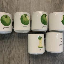 Porcelaine de Sologne- apple set of 6 mugs –  1 mug  chipped -limoges